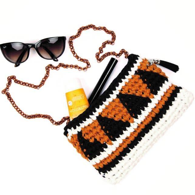 DIY Free Crochet Pattern Rock Steady Clutch Bag