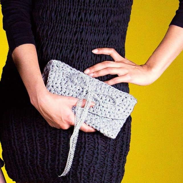 DIY Crochet Pattern Sparkle Clutch Paris RibbonXL