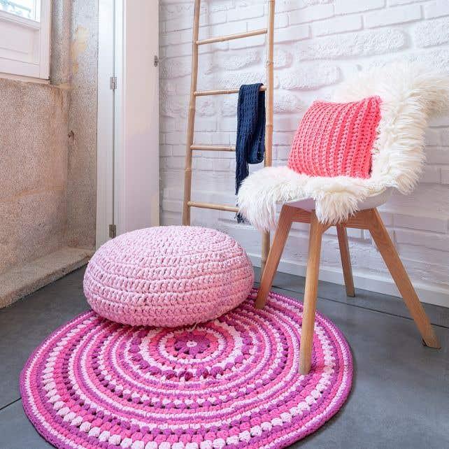 DIY Crochet Island Rug Kit RibbonXL Crazy Plum
