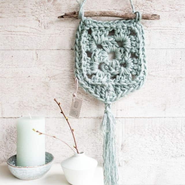 DIY Crochet Kit Wallhanger Elx Jute Serenity Mint
