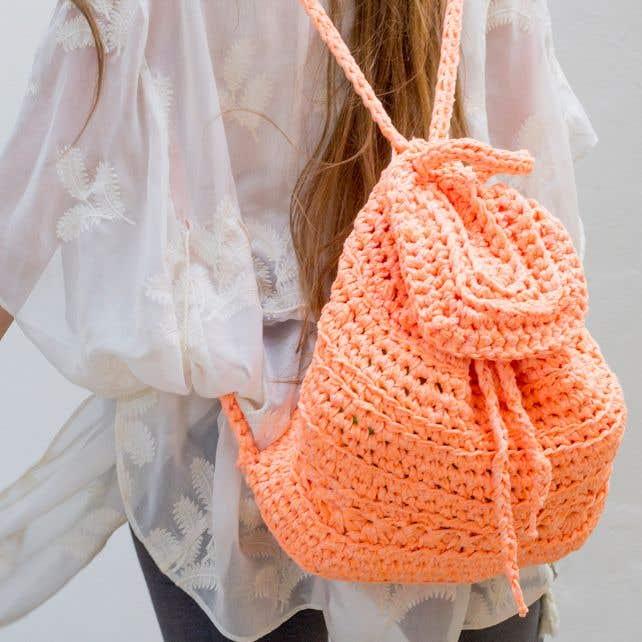DIY Crochet Pattern California Backpack
