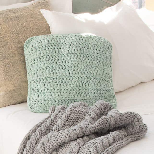 DIY Crochet Kit RibbonXL Cushion Early Dew
