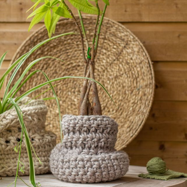 DIY Crochet Kit Jute Basket Santos
