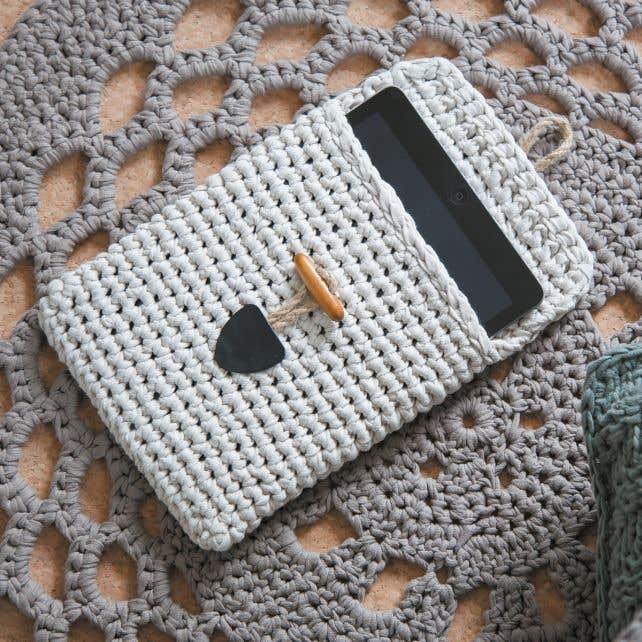 DIY Crochet Kit Tablet Sleeve RibbonXL Sandy Ecru