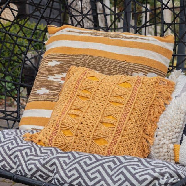 DIY Macrame Pattern cushion deco Formentera