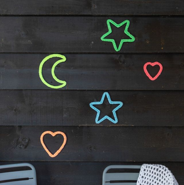 DIY Crochet kit Wall hanger Heart-Moon-Star Neon