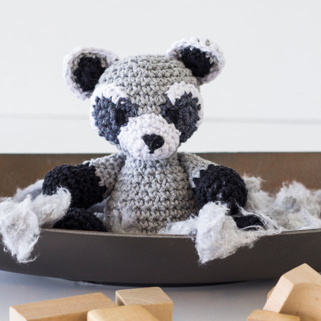 DIY Crochet Kit Raccoon Ricky