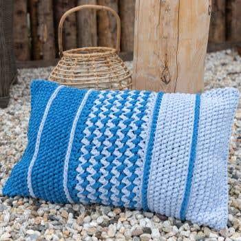 DIY Crochet Kit Rectangular Cushion Danderyd - Blue
