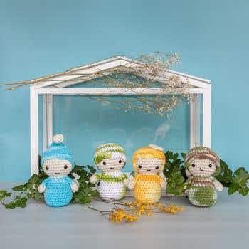 DIY Crochet Kit Amigurumi Kokeshi Four Season Dolls