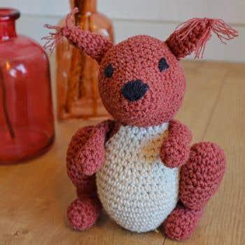 DIY Crochet Pattern Amigurumi Squirrel Suzy