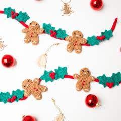 DIY Crochet Kit Christmas Garland