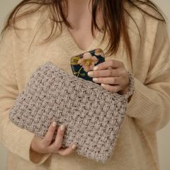 DIY Free Crochet Pattern Glitter Clutch Arezzo