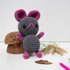 DIY Free Crochet Pattern Mouse Mira