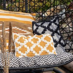 DIY Crochet Pattern Cushion Pienza