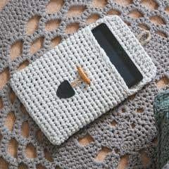 Kit de Ganchillo DIY Funda de Tablet RibbonXL Sandy Ecru